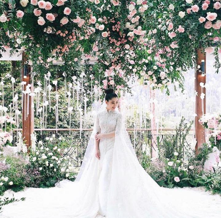 Photo Weeding Chryseis Tan