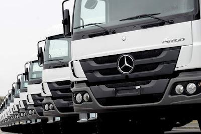 Mercedes-Benz anuncia exportação 'inédita' de 20 caminhões para o Haiti