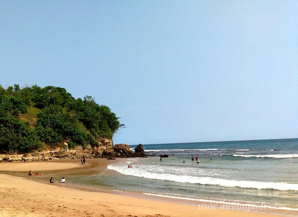 Gambar Pantai Pangi
