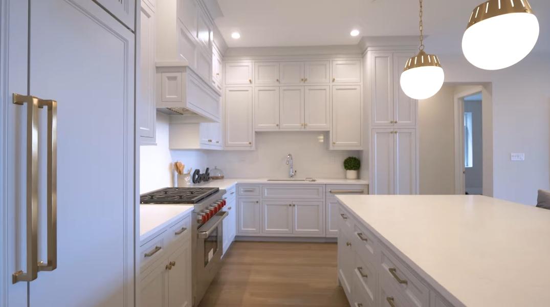 29 Interior Design Photos vs. 195 N Addison Ave #404, Elmhurst, IL Condo Tour