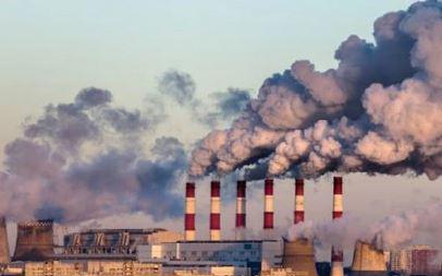Gambar Pencemaran udara karea aktifitas industri - Sumber: nationalgeographic.grid.id