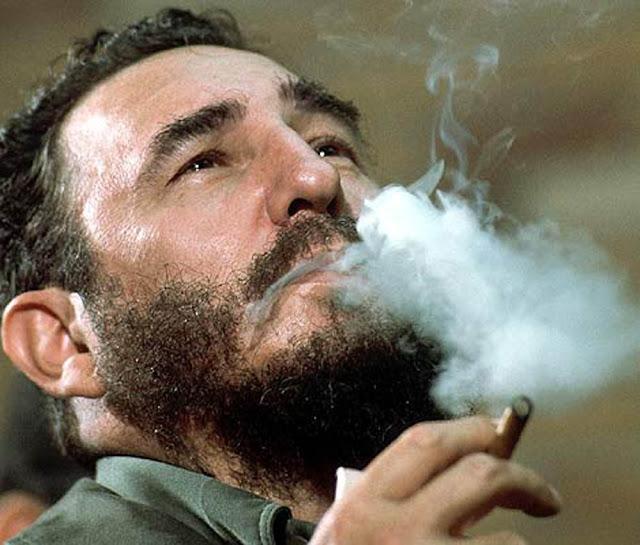 Na última década, o ex-ditador cubano Fidel Castro colheu uma fortuna que o levou a estar entre os dez líderes mundiais mais ricos no mundo, segundo a revista Forbes