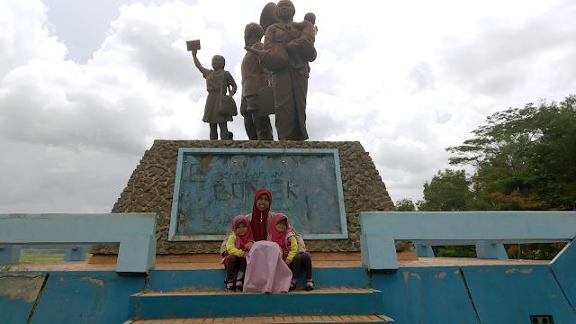 Monumen Bedol Desa, Sisi Lain Menikmati Waduk Gajah Mungkur