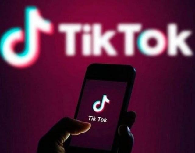 """أمريكا تحظر استخدام تطبيق """"تيك توك"""" بسبب شبهة التجسس"""