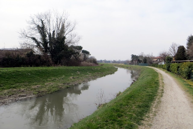 fiume tergola percorso ciclabile pedonale