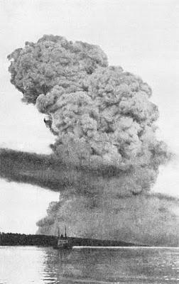 ledakan halifax