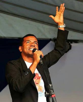 O bom filho à casa … canta! Filho de Alagoinhas se apresenta em Cipó no próximo dia 08 e em Santa Terezinha no dia 14 de Outubro