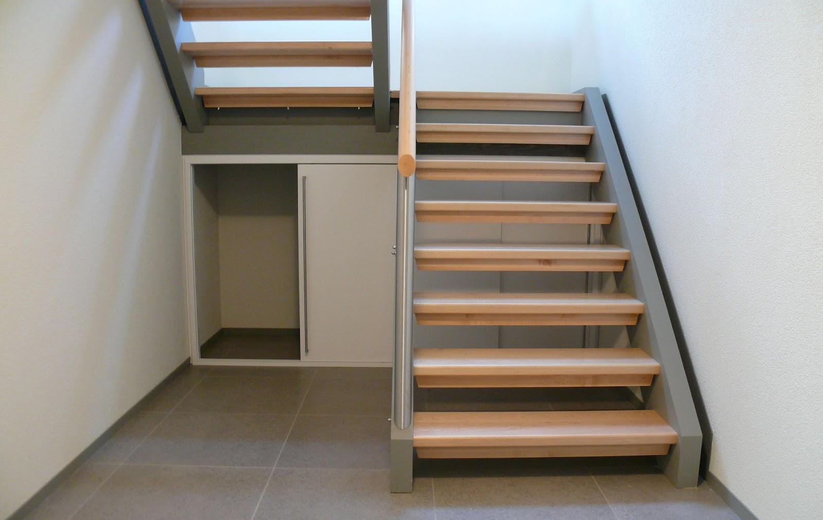 Innenarchitektur Schrank Unter Treppe Kaufen Foto Von Ein Huf Fuer Itz Jetzt Wird Es
