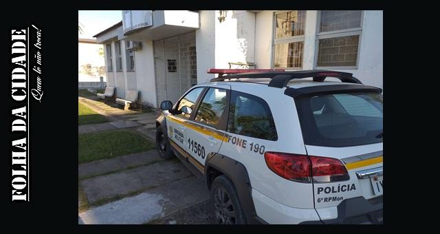 Criminoso invade residência e furta televisão