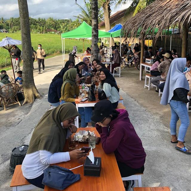 Angkringan Hits di Kulon Progo
