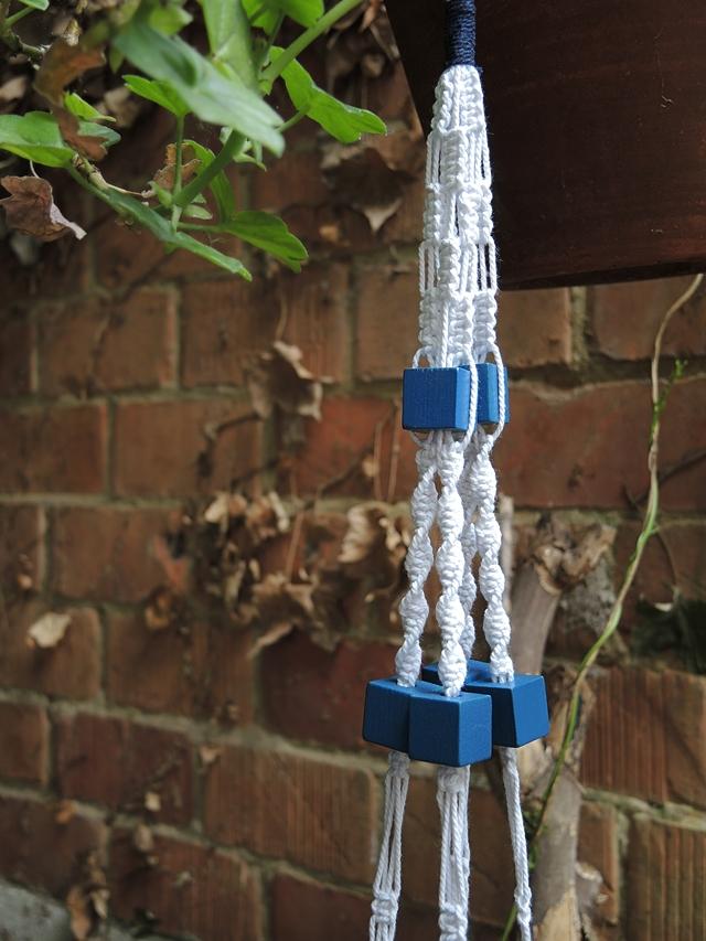 macramé with 8 ropes