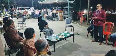Suasana pertemuan/ silaturahmi  calon walikota Mataram, Hj Putu Selly Andayani dengan Warga Flobamora (Flores, Sumba, Timor dan Alor).