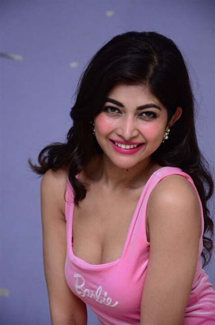 Shukra movie fame Actrees Srijita Ghosh Photos Navel Queens