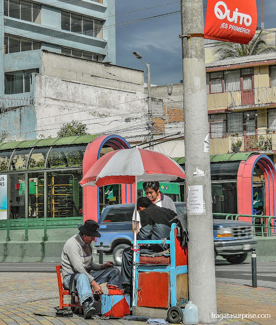 Parada do trólebus de Quito