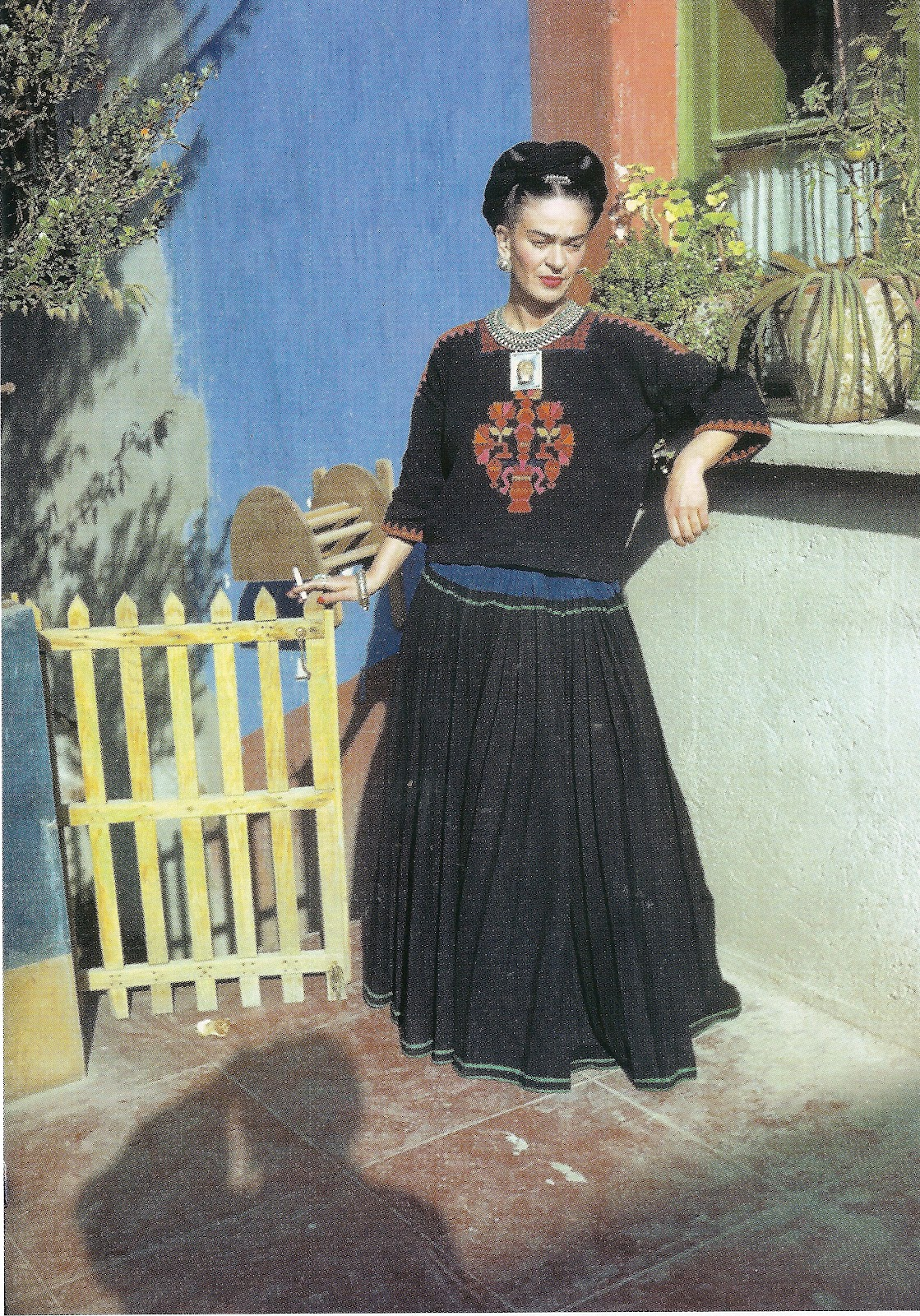 Lost and Found Images: Frida Kahlo: style icon