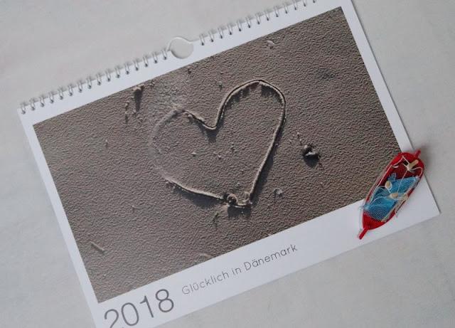 Warum Fotos die schönsten Geschenke sind (+ Verlosung). Ein Fotokalender ist ein tolles Geschenk für Familie, Freunde und Verwandte.