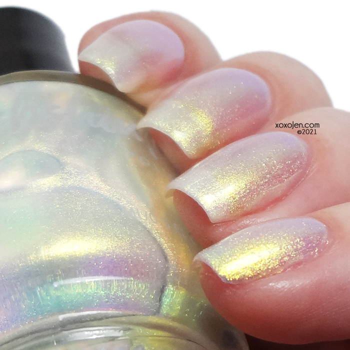 xoxoJen's swatch of KBShimmer Frequent Flyer