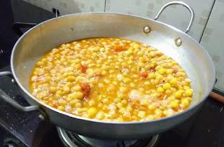 Without onion garlic chaat recipe' Pakoda chaat, Indian street food, Street food recipe
