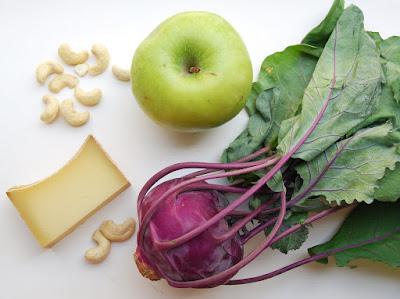 Salade de chou-rave aux pommes et fromage
