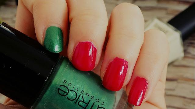 Christmas Colours Nail Design