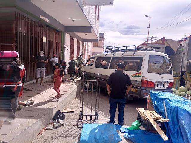 Sucre: Chófer borracho atropelló a dos niños en el mercado El Morro (ver fotos)