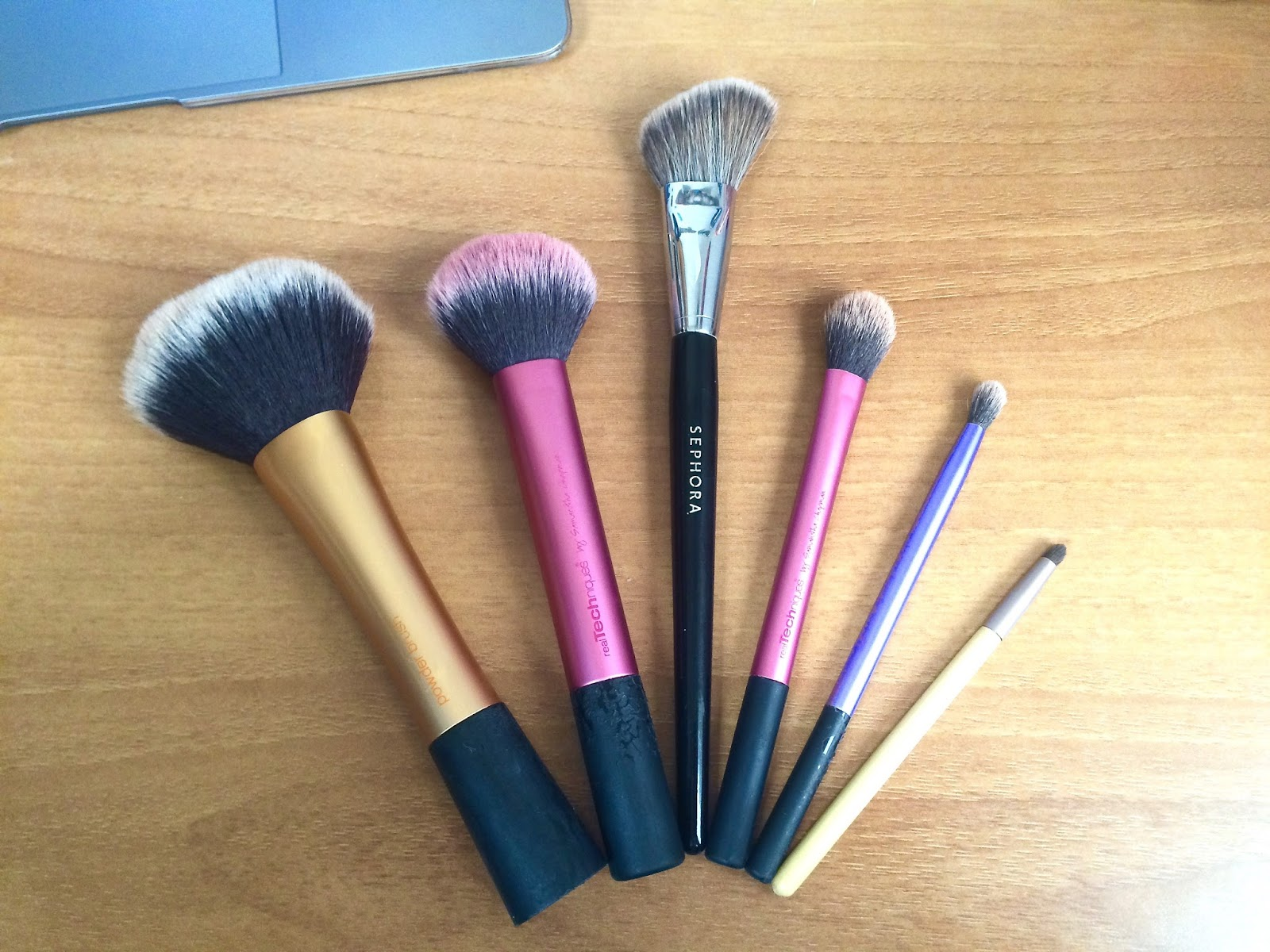 Six makeup brushes to buy