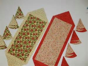 Quilting with area 3 10 minute reversible table runner for 10 minute table runner directions