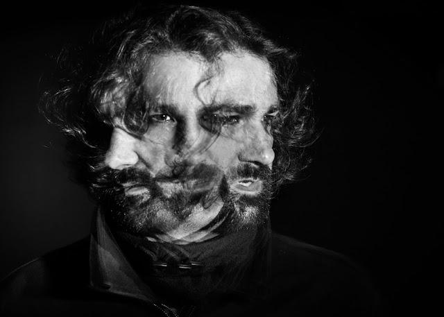 Exposición Fotográfica 'ConTacto' de Carlos Larios