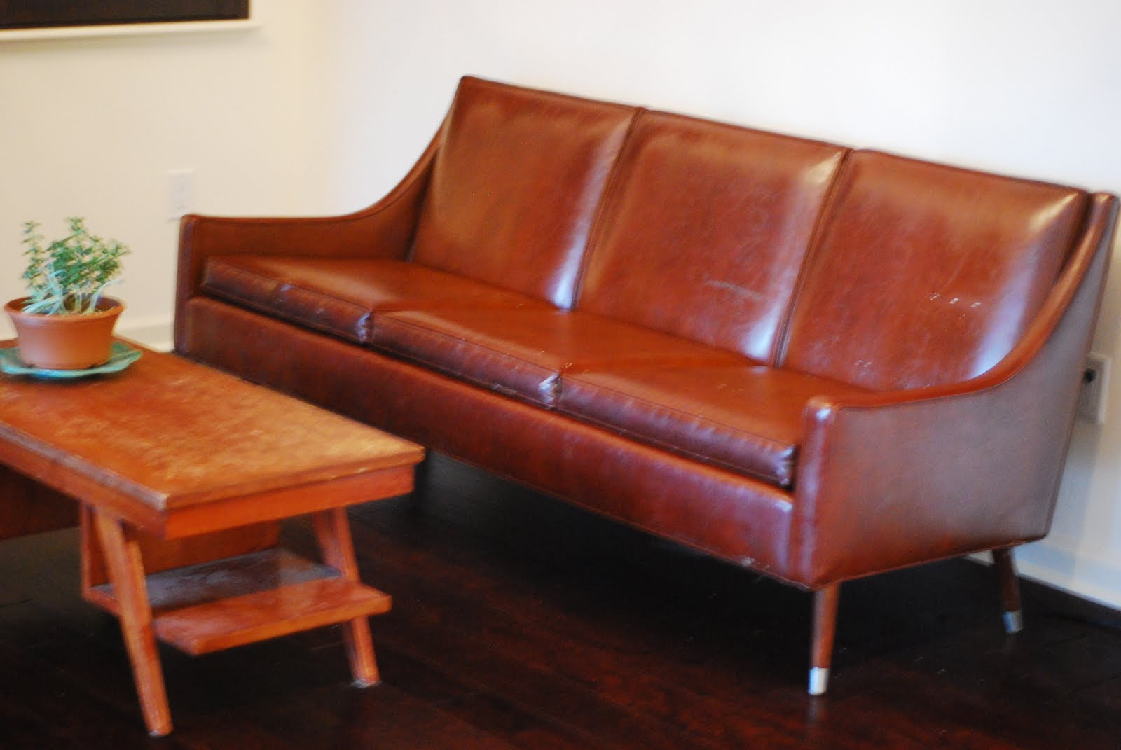Retro Orange Vinyl Sofa Vintage Red Vinyl Sofa Transport My Vintage Vinyl Couch To