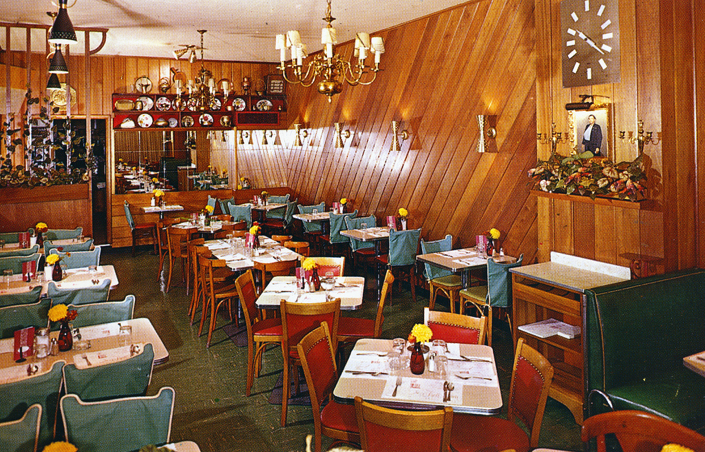 Scenes From A Few Vintage Restaurants Go Retro
