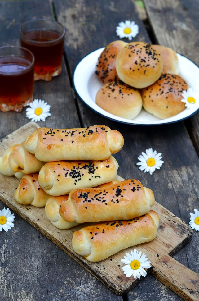 Пухкави банички с мая и плънка от картофи Katmer Börek