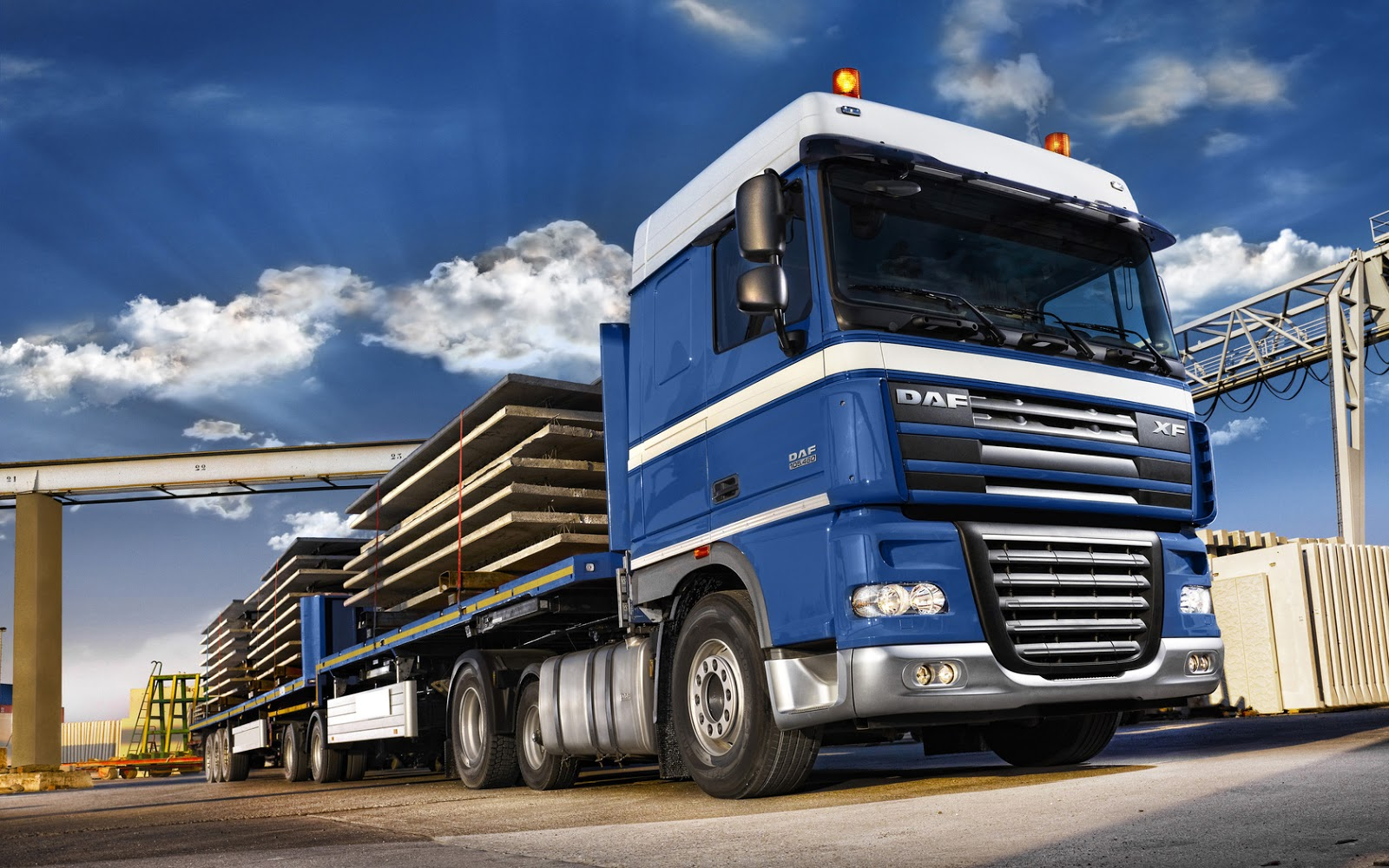 HD Car Wallpapers: Daf Trucks In UK HD Wallpapers