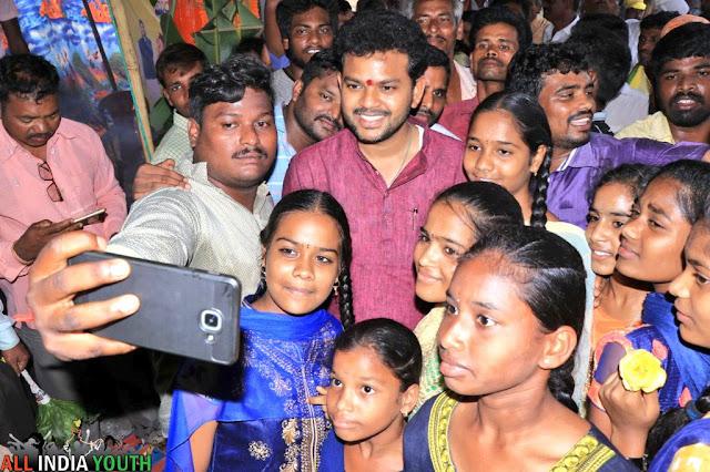Ram Mohan Naidu with children wallpaper