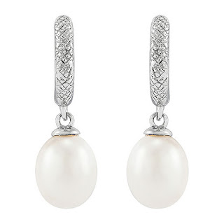 https://www.jcpenney.com/p/honora-legacy-dyed-white-cultured-freshwater-pearl-sterling-silver-drop-earrings/ppr5007913808?pTmplType=regular&deptId=dept20020540052&catId=cat1007450013&urlState=%2Fg%2Fshops%2Fshop-all-products%3Fs1_deals_and_promotions%3DCLEARANCE%26id%3Dcat1007450013&page=22&productGridView=medium&cm_re=ZG-_-grid-_-CLEARANCE_ALL%7C8