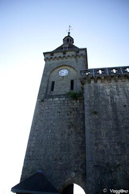 Vista del Castello di Rocamadour e della sua torre