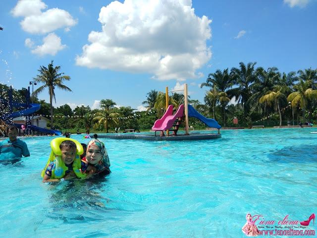 Kolam Renang Bukit Beruntung Golf & Country Resort (BBGCR)