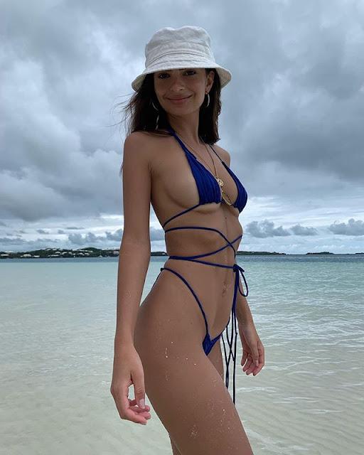 Emily Ratajkowski Hot & Sexy Pics
