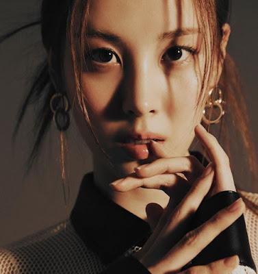 SNSD Seohyun for W Korea