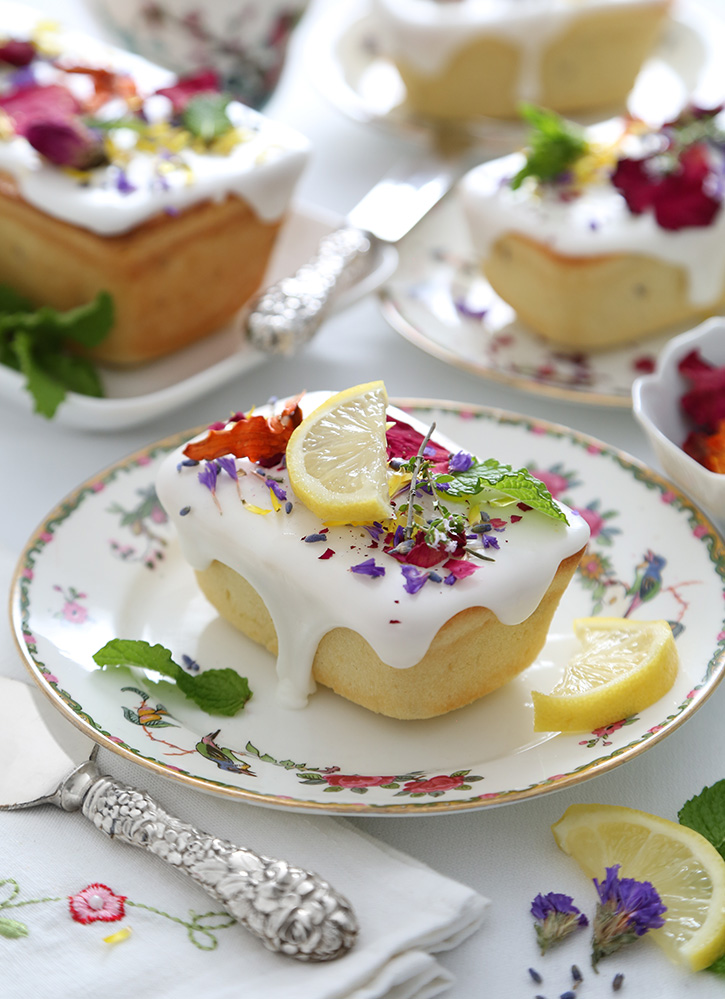 Lemon Lavender Pound Cake