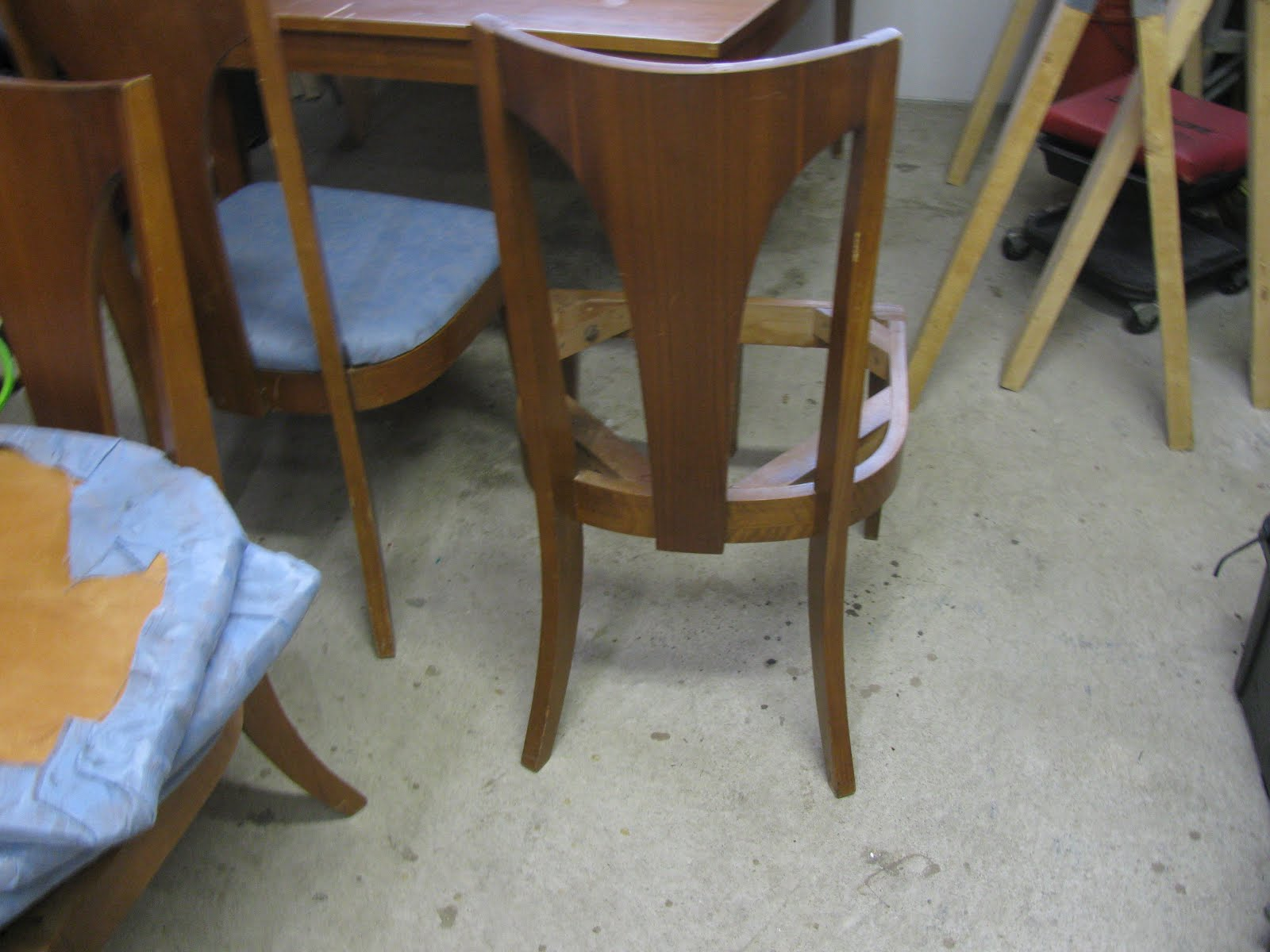 Mad For Mid Century Mid Century Broyhill Dining Set Maybe