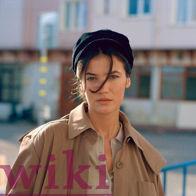 the career of the actress Pinar Deniz