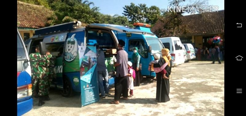 Pelayanan Pajak Kendaraan Dalam Kegiatan Pembukaan TMMD Ke -108 Kodim 0622/Kabupaten Sukabumi