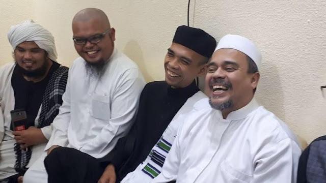 Bertemu di Mekkah, Habib Rizieq Doakan Ustadz Somad Jadi Pemersatu Umat Islam