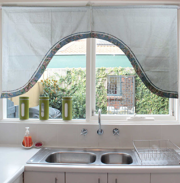 Tips Menyiasati Tempat penyimpanan Dapur Mungil