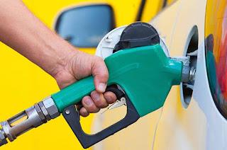 http://vnoticia.com.br/noticia/4273-reducao-do-preco-da-gasolina-e-do-diesel-deve-demorar-15-dias-para-chegar-nas-bombas