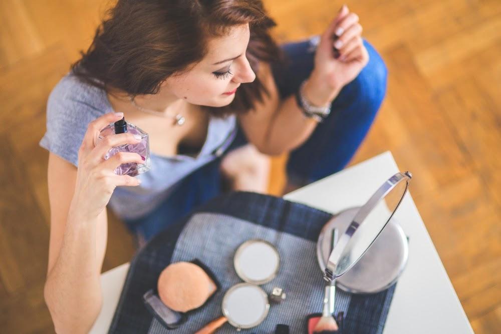 Kobiece kosmetyki z DM, które warto mieć