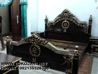 MEBEL INTERIOR KLASIK jual tempat tidur ukir jepara-mebel ukir jepara-mebel interior klasik
