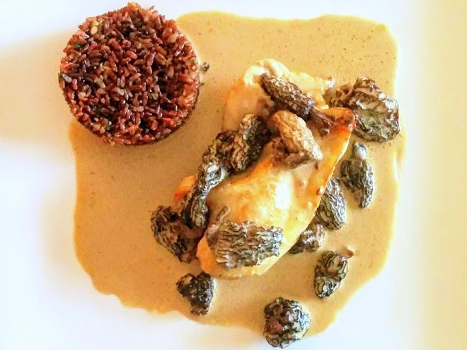 Poularde de Bresse au vin jaune et morilles
