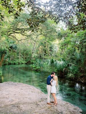 engagement photos at lake