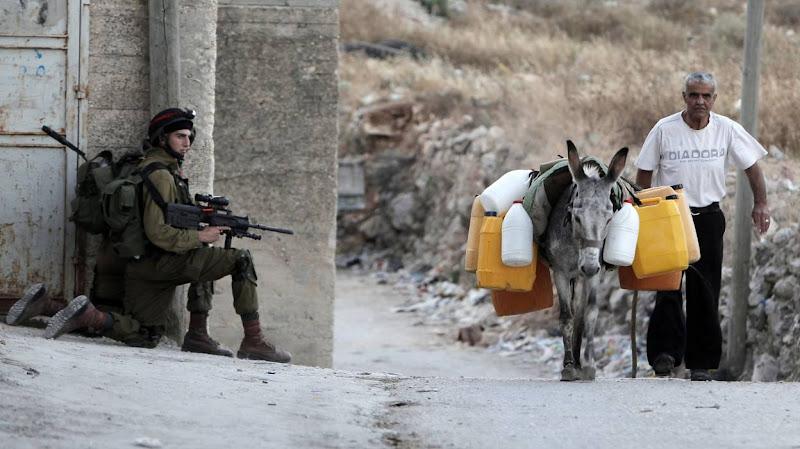 Israël coupe l'eau des Palestiniens durant le ramadan.